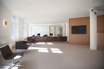 15 Innenraumgestaltung der Schweizer Filiale der Chinesischen Grossbank ICBC, Zürich - Empfang. EXH Design 2018