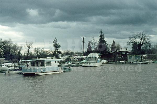 Cruise 'N Tarry 1/23/69