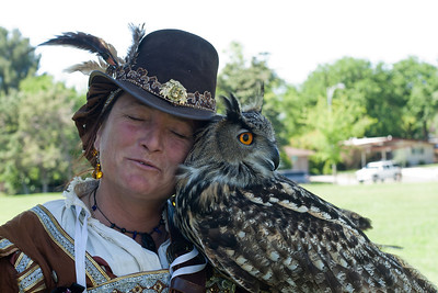 May 10, 2011: Kate Marden of West Coast Falconry and Cailleach.