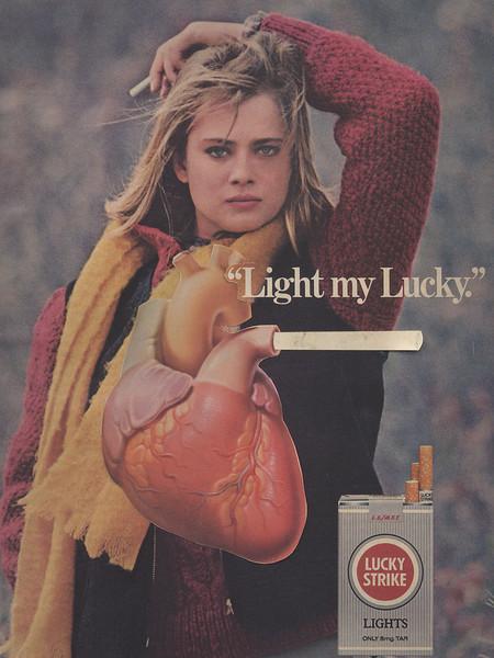 Lucky Strike-Light My Lucky-girl with heart-300