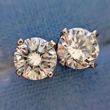1.00ctw Round Brilliant Diamond Earring Studs