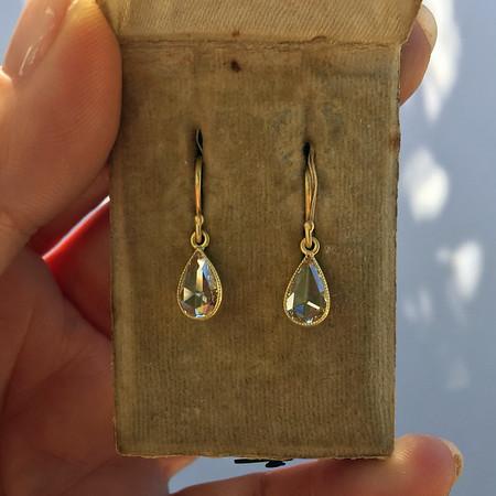 .95ctw Pear Shape Rose Cut Diamond Drop Earrings