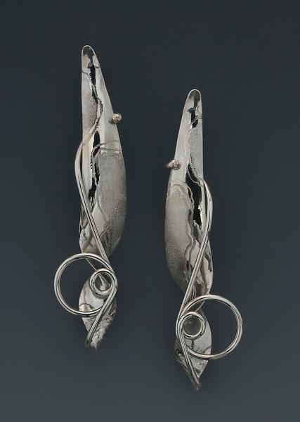 Narrow Rivendale Earrings
