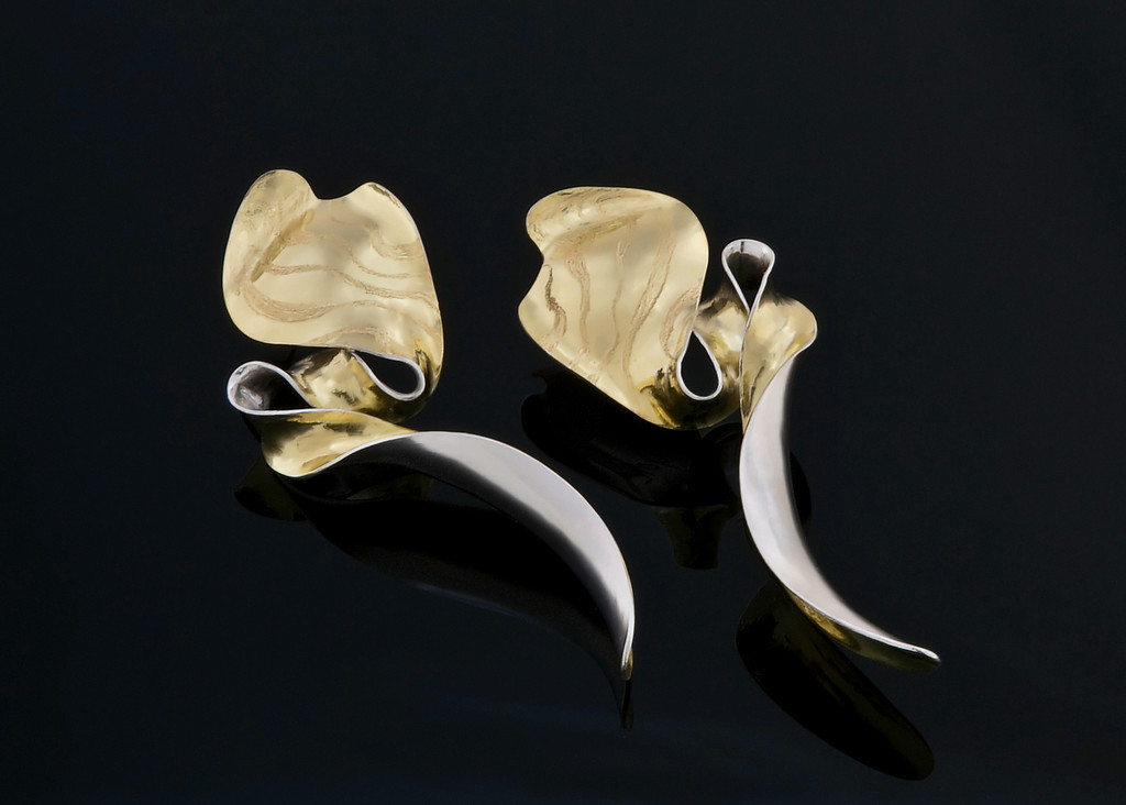 Gold Sidewinder II Earrings
