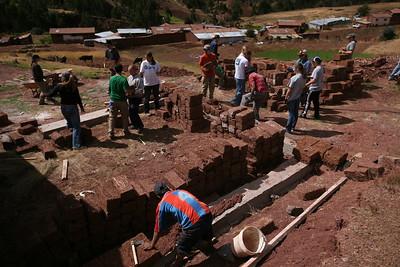 MISKIUNO, CUSCO, PERU - DiscoveryBound's 2014J NLC class working with Peru's Challenge to build a classroom in the rural community of Miskiuno.