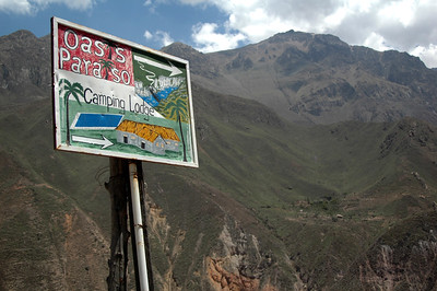 COLCA CANYON, PERU: Getting close to the bottom of the canyon.