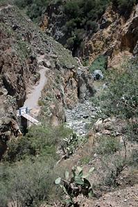 COLCA CANYON, PERU: Getting down to the very base of Colca Canyon.