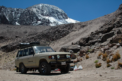 CHACHANI, PERU: Our dropoff. At 4,800m we pull our gear off the Land Cruiser and get ready to start walking to base camp. A mere 1.5 hours away and 300m of vertical gain.