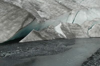 A close look at the toe of the glacier.