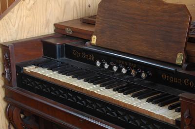 The organ in Crag Camp.