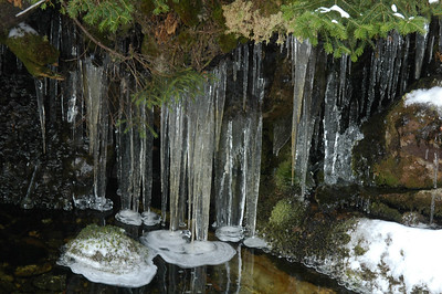 Ice cicles in the pool below Chandler Falls.