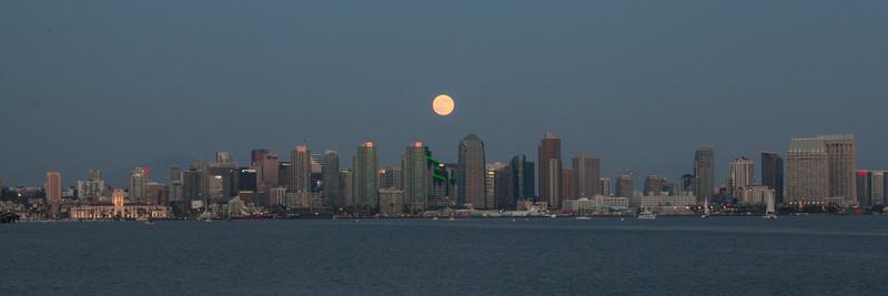 Aug. 10th Super Moon rising over the San Diego skyline.