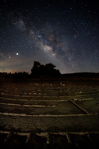 Labyrinth in Boulevard California with the milky way