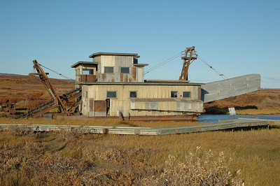 Old gold dredge