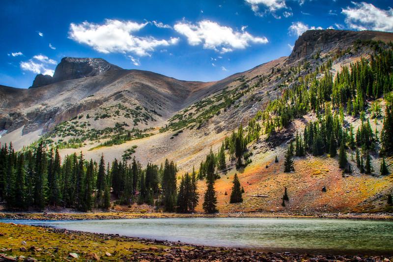Stella Lake with Wheeler Peak in the background