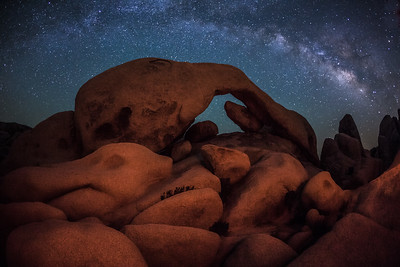 Arch Rock and the milkyway, Joshua Tree National Park