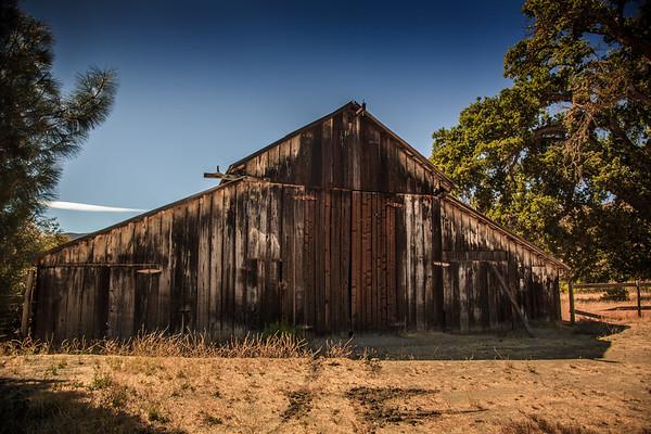 Old barn at Pinnacles Nat. Park