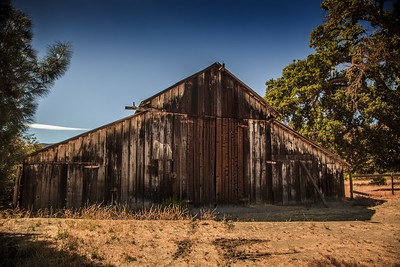 Old barn at Pinnacles Nat. Park