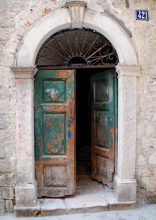 OLD GREEN DOOR, KOTOR