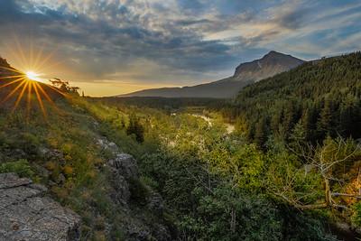 Sunrise at Swiftcurrent Creek
