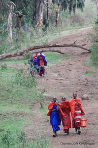 Masaai women near Ngorongoro Serena Lodge Tanzania, 1/02/09