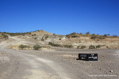 Leakey digs in the Olduvai Gorge Tanzania, 1/03/09