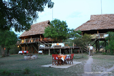 The dinning and lounge areas of Selous Safari Camp Tanzania 1/06/09