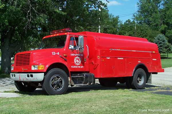 Tanker 13-4 - 1989 International/1982 Progress Tanks - 2000 gallon