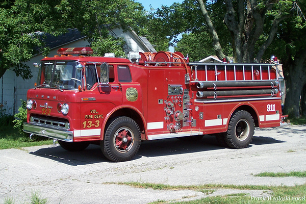 Engine 13-3 - 1969 Ford C/Howe Pumper (#12941) - 1000gpm/750gal