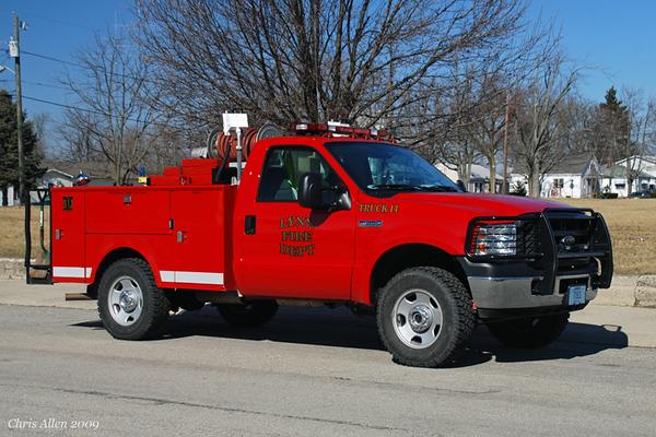 Truck 14 - 2006 Ford F-350/Stahl/American's Body Co. - HP/250gal skid unit