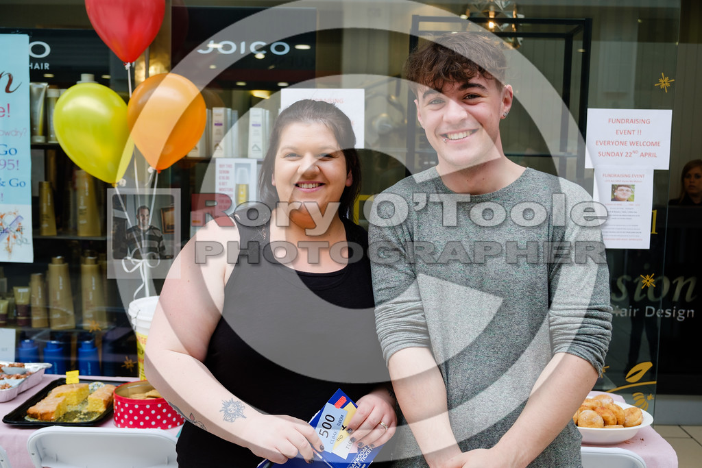 Vanessa Quilligan and Jordan Roche at the Fusion Help Aaron Fundraiser. Picture: Rory O'Toole