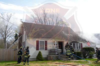 East Farmingdale Fire Co. Signal 13   18th St.  4/16/17