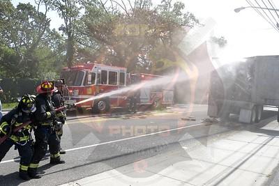 East Farmingdale Fire Co. Signal 14  New Hwy.  8/21/18