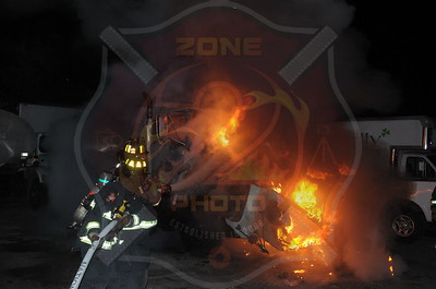 East Farmingdale Fire Co. Signal 14 T/R/O 208 Route 109 10/27/14