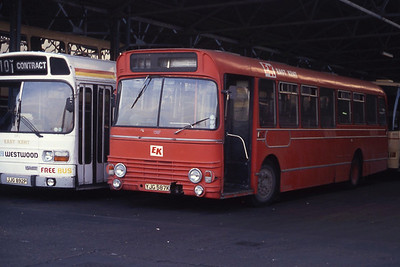 East Kent 1587 Westwood Depot Thanet Sep 90 jpg