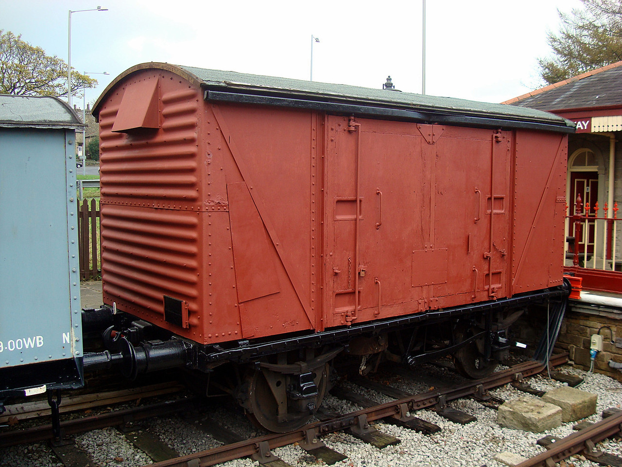 BR 782939 (body only) Goods Van (sits on a 4w underframe. 12,11,2011