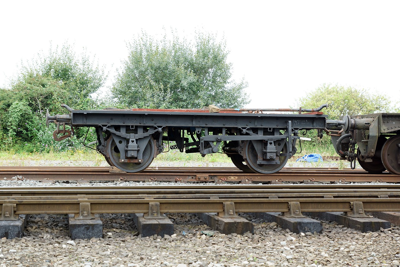 BR 555659 Steel Mineral Wagon Frame Only 27,08,2016