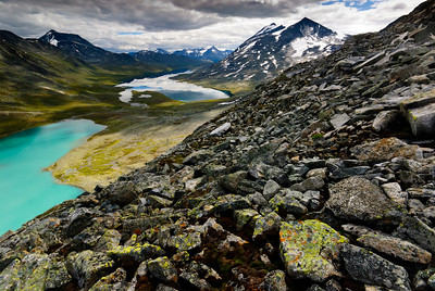 The Norwegian mountains are a pile of rock upon rock. It is not only rock and roll, it is hard, hard rock. Ancient mountains formed by glaciers over zillions of years from their creation.