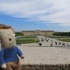 Stressmannetje is impressed with the views on Schönbrunn castle