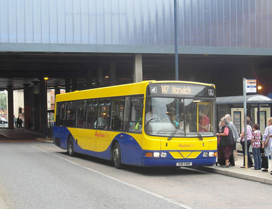 416 - R81EMB - Great Yarmouth (bus station) - 1.8.12