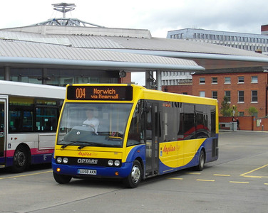 320 - AU58AKN - Norwich (bus station) - 30.7.12