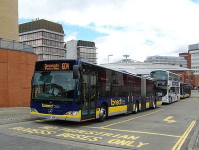 800 - BD57WDA - Norwich (bus station) - 30.7.12