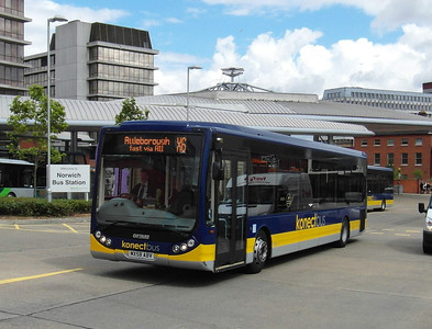 411 - MX58ABV - Norwich (bus station) - 30.7.12