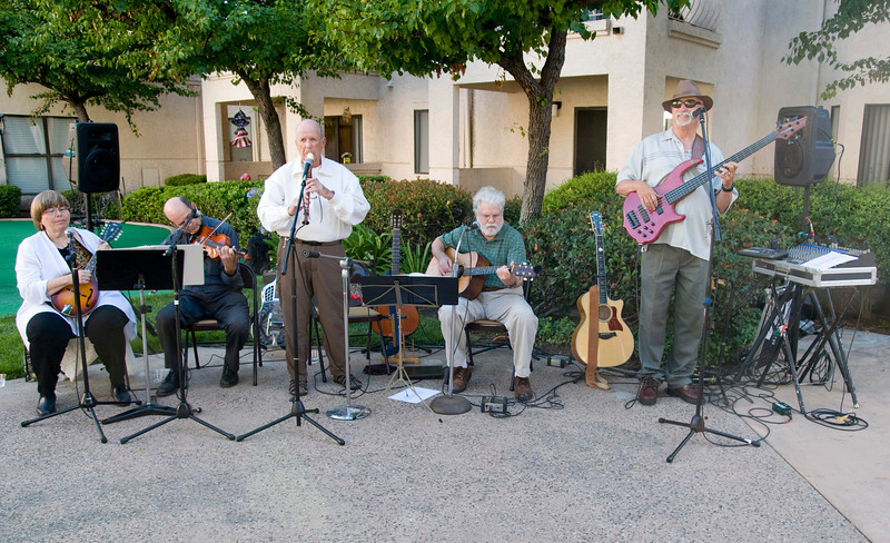 Earthwalkers performed for the East County Chamber of Commerce business mixer at The Springs of El Cajon.