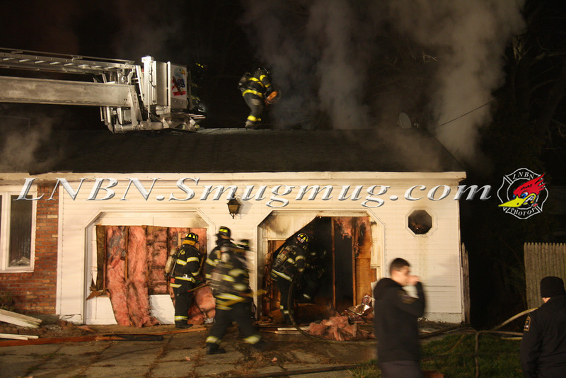 East Islip Working Fire  43 Lagoon Place 12-27-11-2