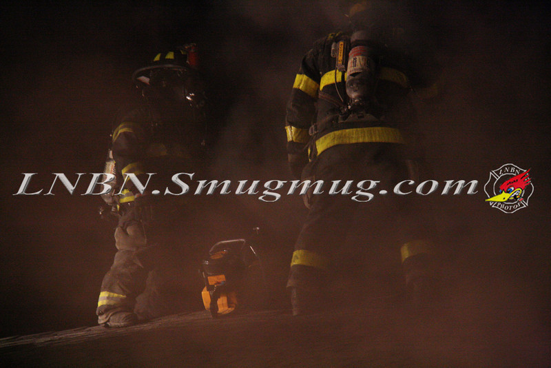 East Islip Working Fire  43 Lagoon Place 12-27-11-17