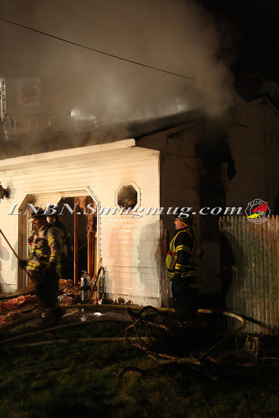 East Islip Working Fire  43 Lagoon Place 12-27-11-12