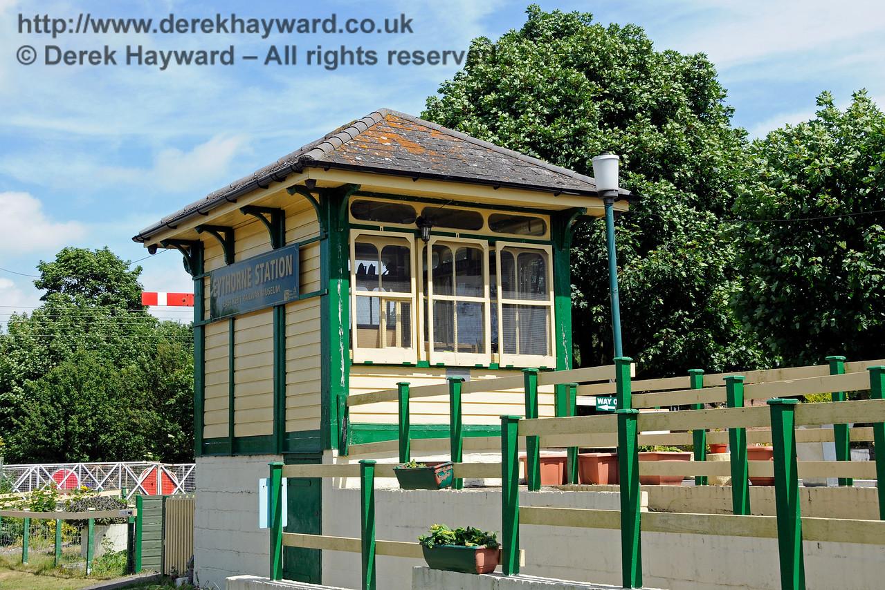 Eythorne Station, East Kent Railway. 17.06.2015  12788