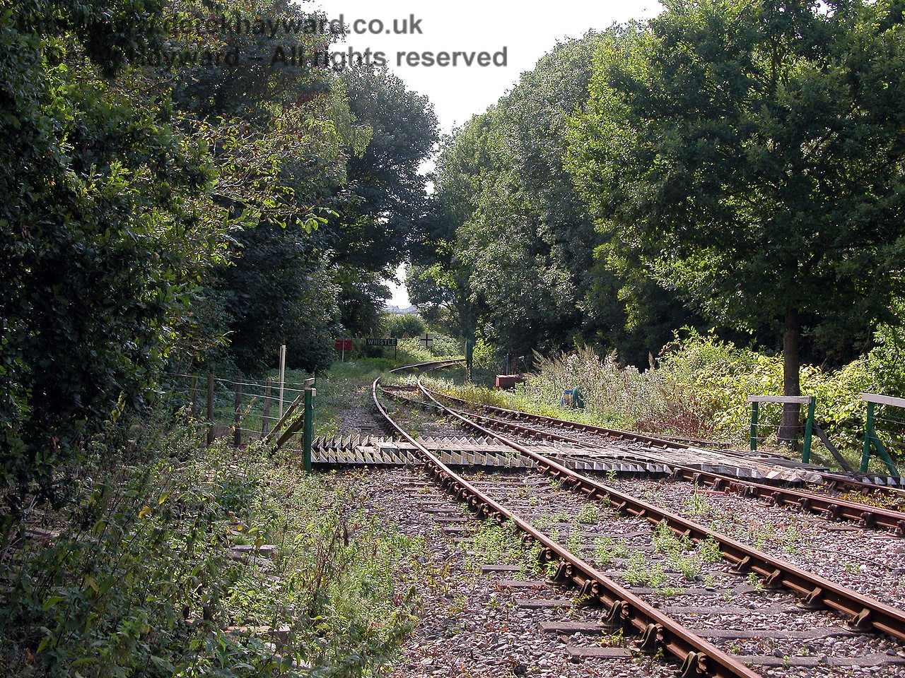 A slightly different angle, looking west from Eythorne Station on 19.09.2006