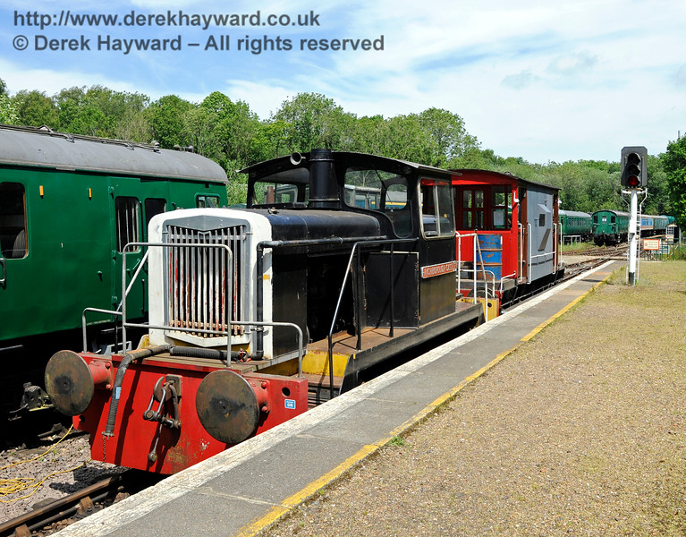 English Electric 0-6-0 Richborough Castle (works number D1197).  Shepherdswell Station, East Kent Railway.  17.06.2015  12725